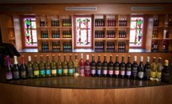 RidgeView Restaurant,Wines & Cottages: RidgeView Wines in our Cellar Door