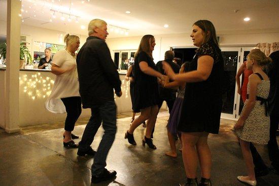 No.5 Cafe & Larder: Dance time