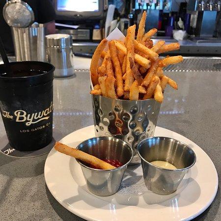 ByWater Restaurant: photo2.jpg