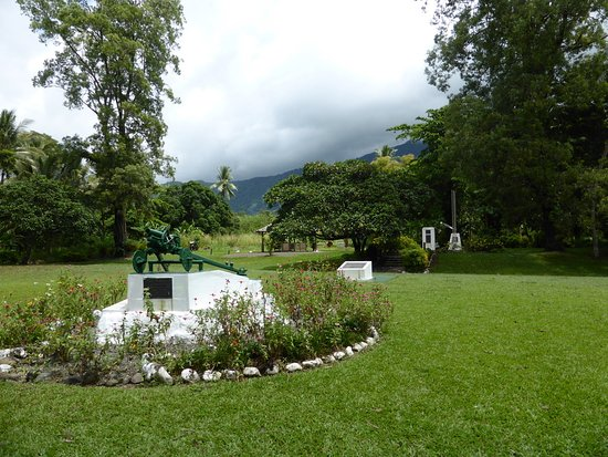 Alotau, Papua New Guinea: Turnbull War Memorial Park1