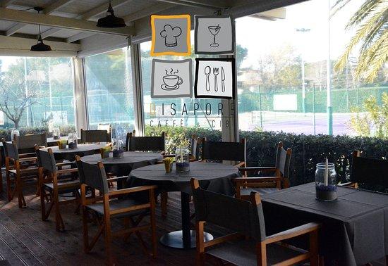 la terrazza coperta - Picture of Disapore Caffe&Cibi, Cecina ...