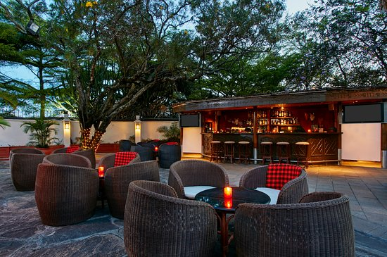 Makuti Bar: The ultimate outdoor sports bar in Nairobi's CBD.