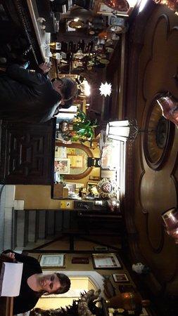 Restaurante Duque: Buen Mesón. Entrada