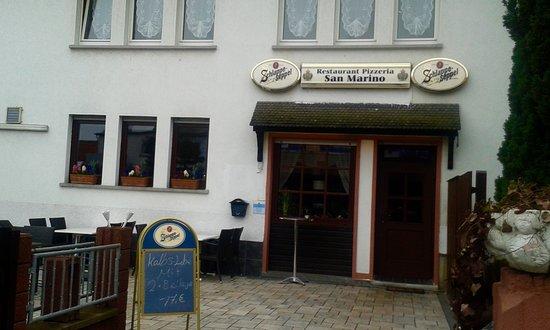Heusenstamm, Niemcy: Restaurant Pizzeria San