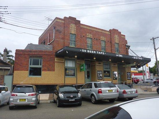 Randwick, Australia: Limited Parking, So Walk !