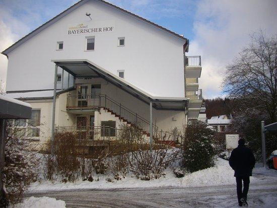 Waldmunchen, Alemania: Hotelansicht vom Parkplatz