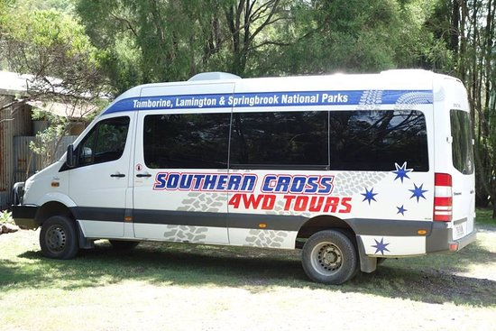 Southern Cross 4WD Tours: 四驅車