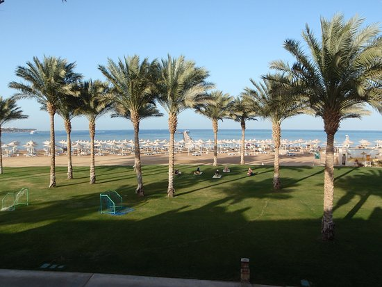 Stella Di Mare Beach Resort & Spa Makadi Bay: View from room.