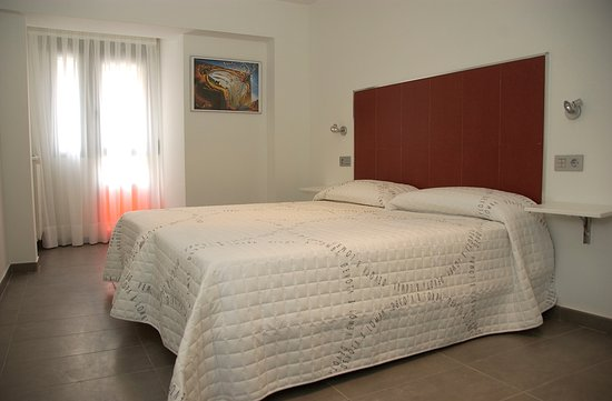 Sercotel Hostel Soria Photo