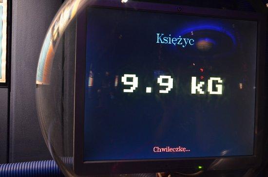 Planetarium - Toruń: waga na Księzycu