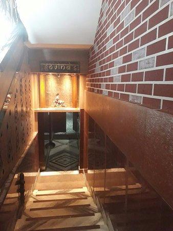 Mayur Hotel: Restaurant's Entrance