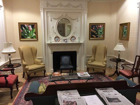 Embassy Circle Guest House: photo0.jpg