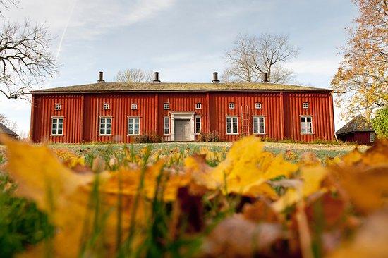 Saffle, Sweden: von Echstedtska gården, unik 1700-talsgård med väggmålningar utanför Säffle i Värmland.