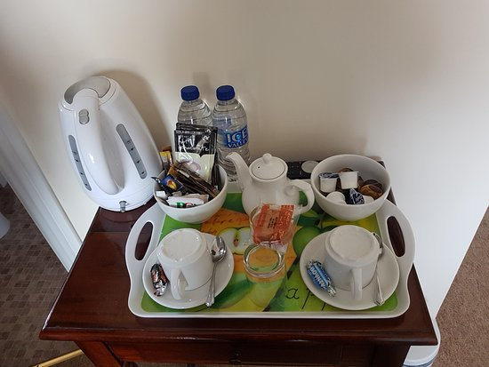 Corncroft Guest House: tea, coffee, hot choclate, and water what more do you need