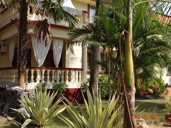 Colonia Jose' Menino Resort: ухоженная территория аппартаментов