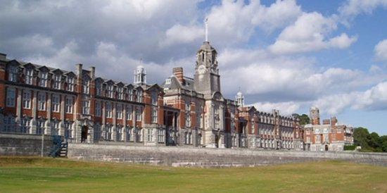 Dartmouth, UK: Britannia Royal Naval College main facade