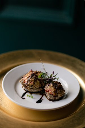 Sheffield, IL: Sausage Stuffed Mushrooms