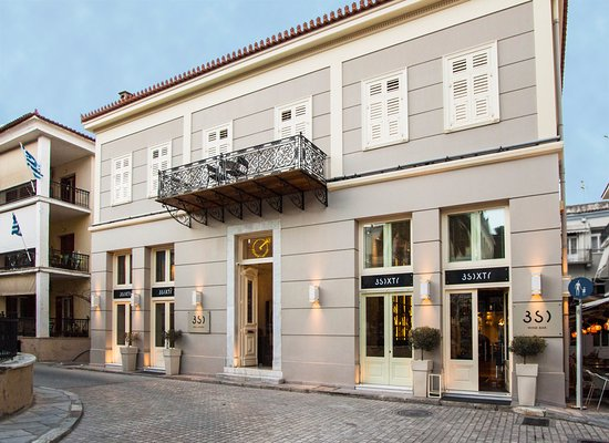 3SIXTY is located in a renovated 1860 neoclassical building in Nafplion's old town