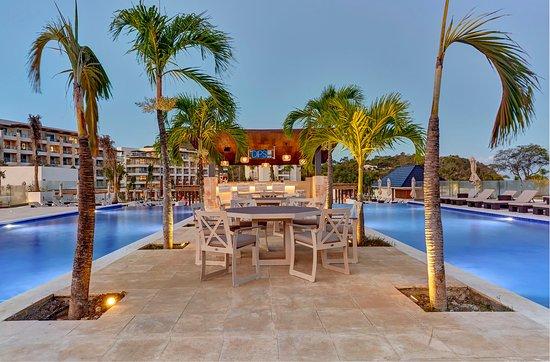 Cap Estate, St. Lucia: Dips Bar