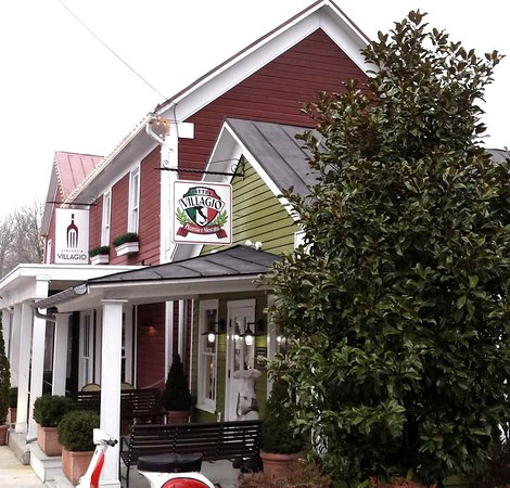 Clifton, VA: Villagio Restaurant and attached Pizza Cafe