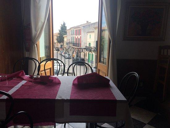 Campanet, Spania: vista desde el restaurante