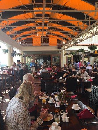 Khách sạn Majestic Sài Gòn: photo1.jpg