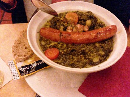 DAMPFE - das Borbecker Brauhaus: Lecker regionales Essen, Mettwurts mit Grünkohlgemüse