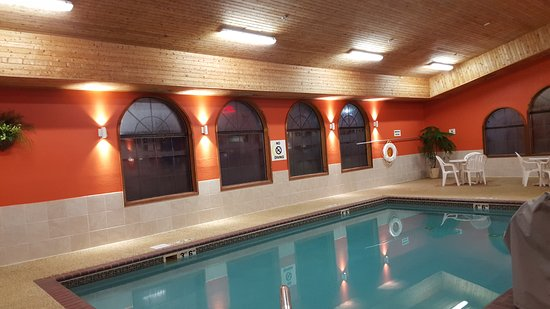 Brookings, Dakota del Sur: Indoor Swimming Pool and Hot Tub (2)