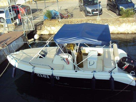 Marina, Croácia: Speed boat