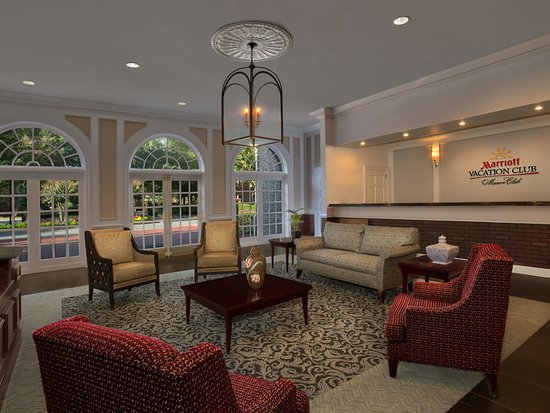 Marriott's Manor Club at Ford's Colony : Lobby - Seating Area