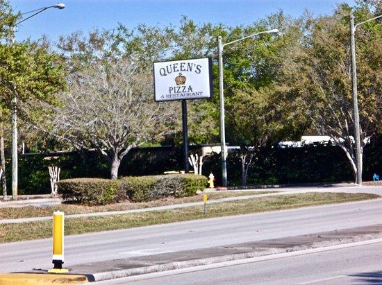 Queen's Pizza & Restaurant: Sign visible along Belcher