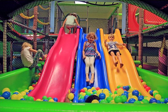 Playland Indoor Payground for kids: The rainbow tripple slide