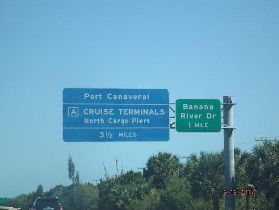 Port Canaveral, FL: Port Signal