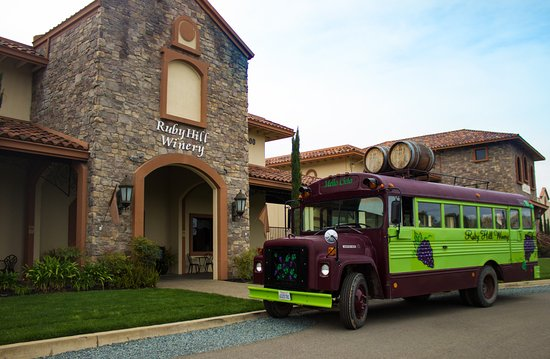 Pleasanton, Californien: Ruby Hill Winery Mello Cielo Bus Tour
