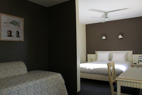 Cadenet, Frankrig: Junior Suite deluxe, décorée dans des tons lin&olive