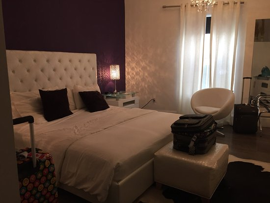 Ithaca of South Beach Hotel: The large and clean rooms