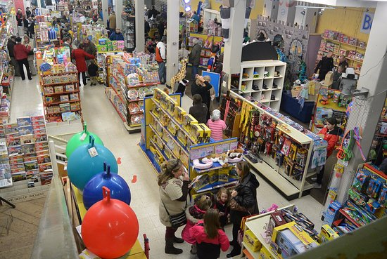 Veach's Toy Station - Voted best Toy Store in Indiana