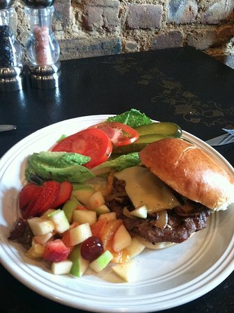 Cookeville, TN: Organic grass fed burger with fruit side.