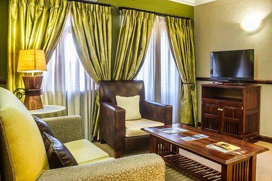 Peermont Mondior Gaborone : One Bedroom Suite - Lounge