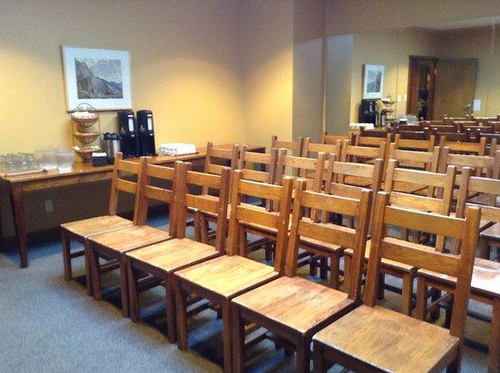 Howe Sound Inn Restaurant