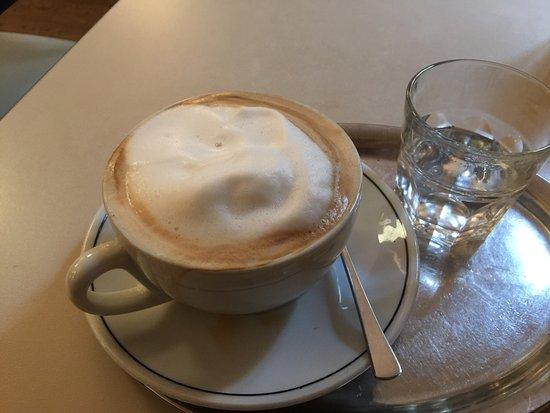 Barcomi's coffeeroastery: photo9.jpg