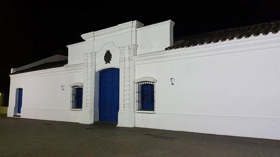 Casa Historica de Tucuman: Foto nocturna de la casa histórica!