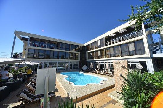 Bless Resort & Villa