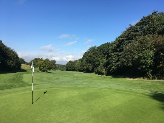 Tall Pines Golf Club