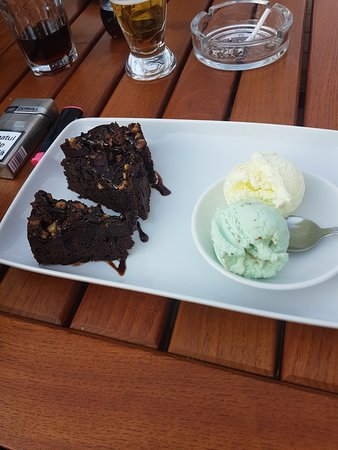 Danes, Romania: brownies