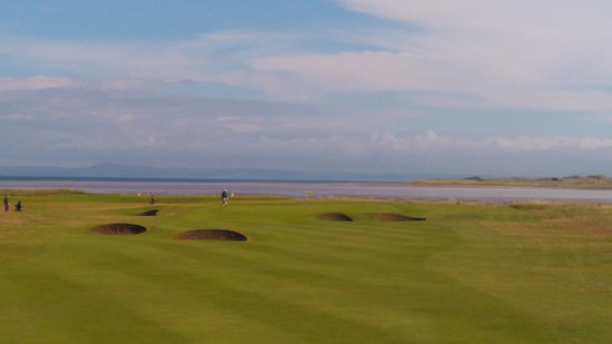 Aberlady, UK: The picturesque 1st