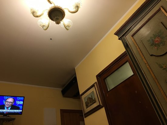 Hotel Malibran: my room