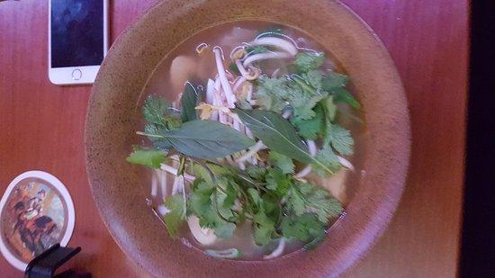 Tonkin Restaurant: 20170309_220814_large.jpg