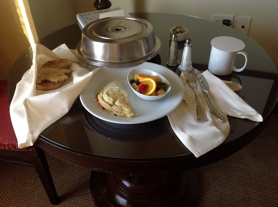 Fantasy Springs Resort Casino: Room service breakfast