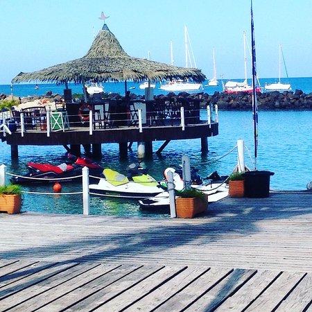 Trois-Ilets, Martinica: le coco bar